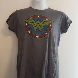 Brand new Wonder Woman Tee 2x DC Comics